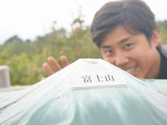 昭和のアイドルを彷彿とさせますね。岩井さん自身は平成ですが。