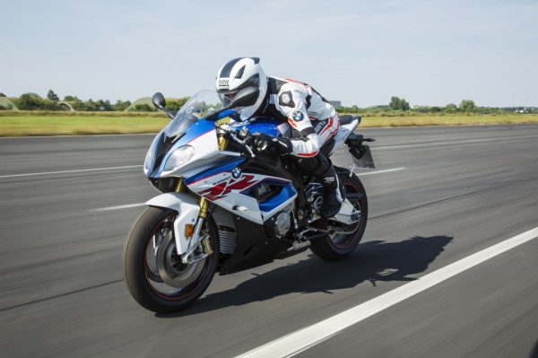 P90234019_highRes_bmw-s-1000-rr-10-201