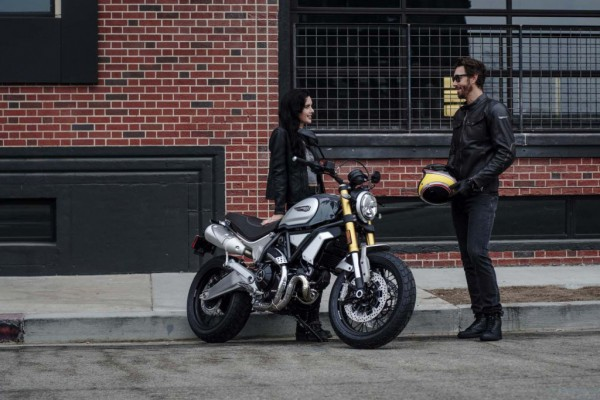 2018-Ducati-Scrambler-1100-Special-07