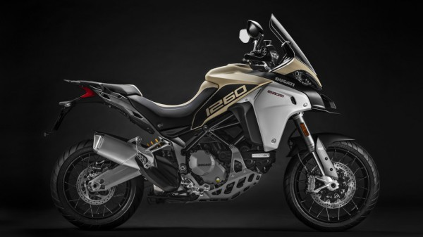 Multistrada-1260-Enduro-MY19-04-Studio-Gallery-1920x1080